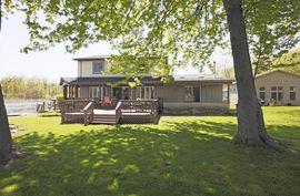 4405 Shoreview Lane Whitmore Lake, MI 48189 Photo 2